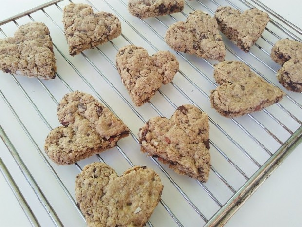 Sweetheart Chocolate Chip Almond Cookies (2)