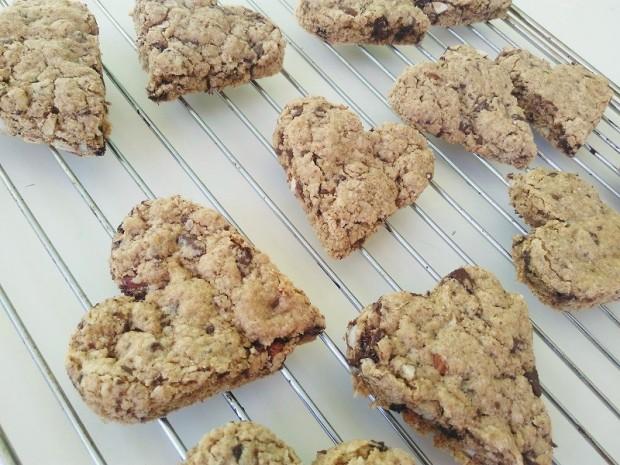 Sweetheart Chocolate Chip Almond Cookies (4)