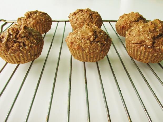 healthy-vegan-banana-sesame-bran-muffins-2